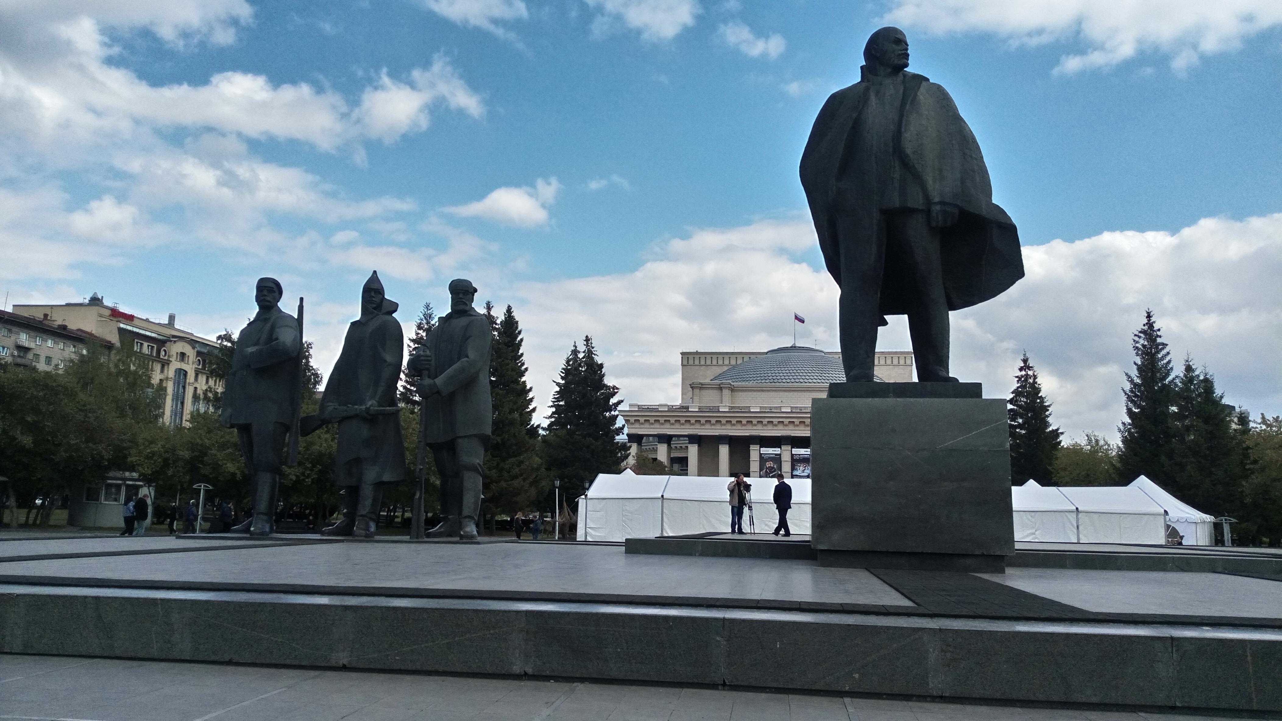Päivät 20-21. Lenin setä asuu Venäjällä, mut mitä mittää mä tääl tee?